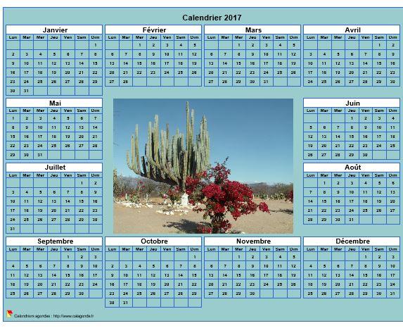Calendrier 2017 photo annuel à imprimer, fond cyan, format paysage, sous-main ou mural