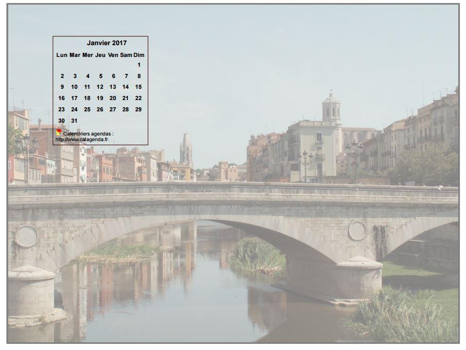Calendrier mensuel 2017 à imprimer, incrusté en haut à gauche d'une photo