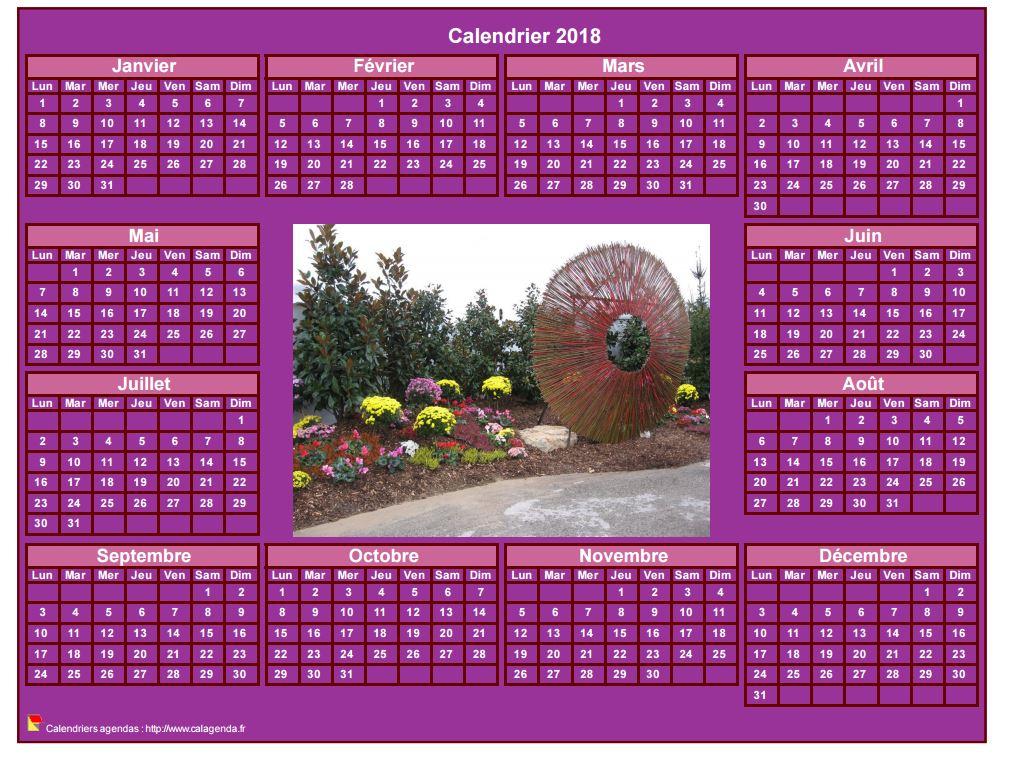 Calendrier 2018 photo annuel à imprimer, fond rose, format paysage, sous-main ou mural