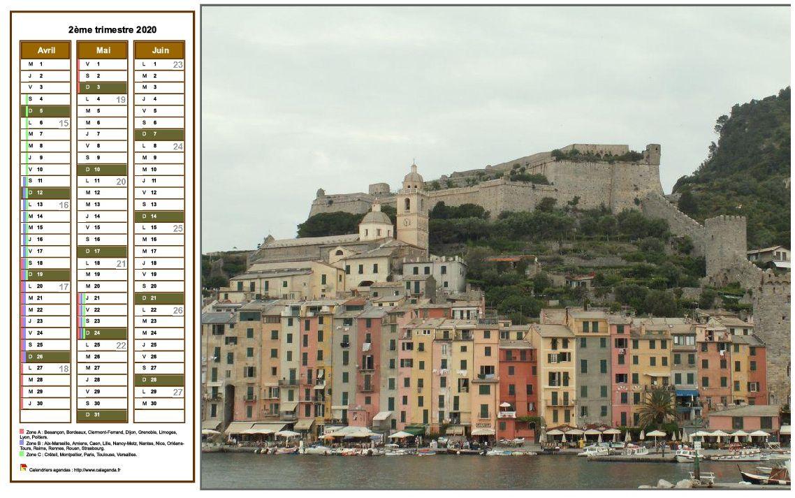 Calendrier 2020 à imprimer trimestriel, format paysage, une colonne par mois, à gauche d'une photo